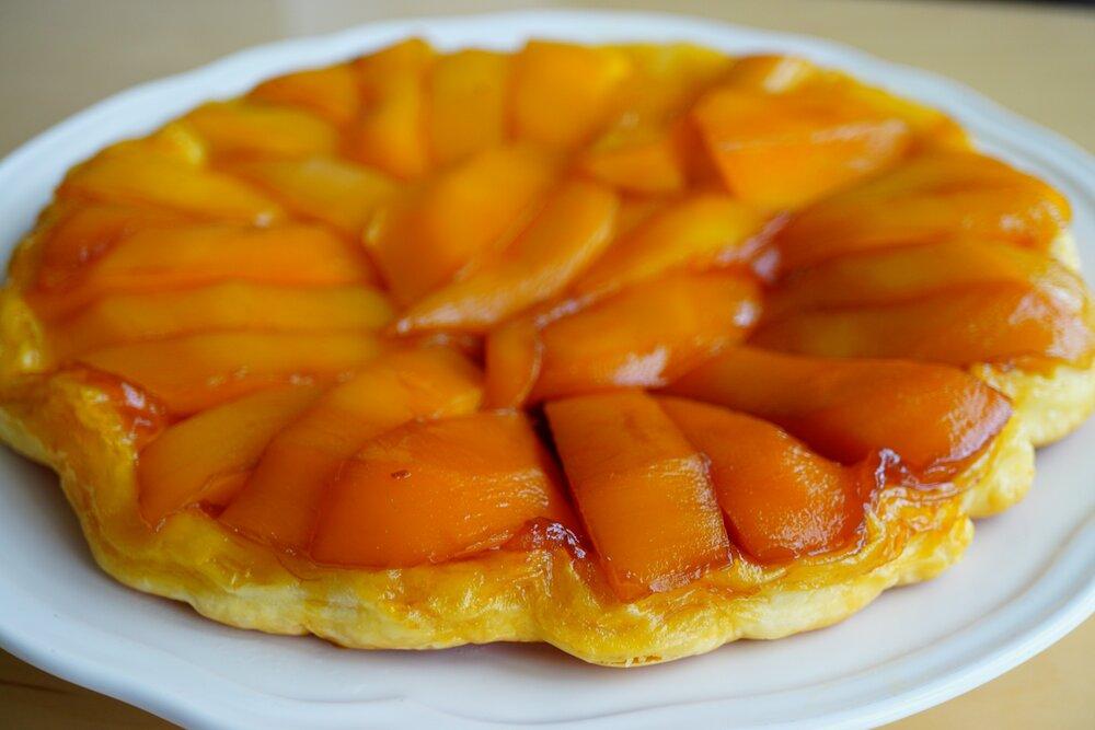 Tropisch Tarte Tatin met mango